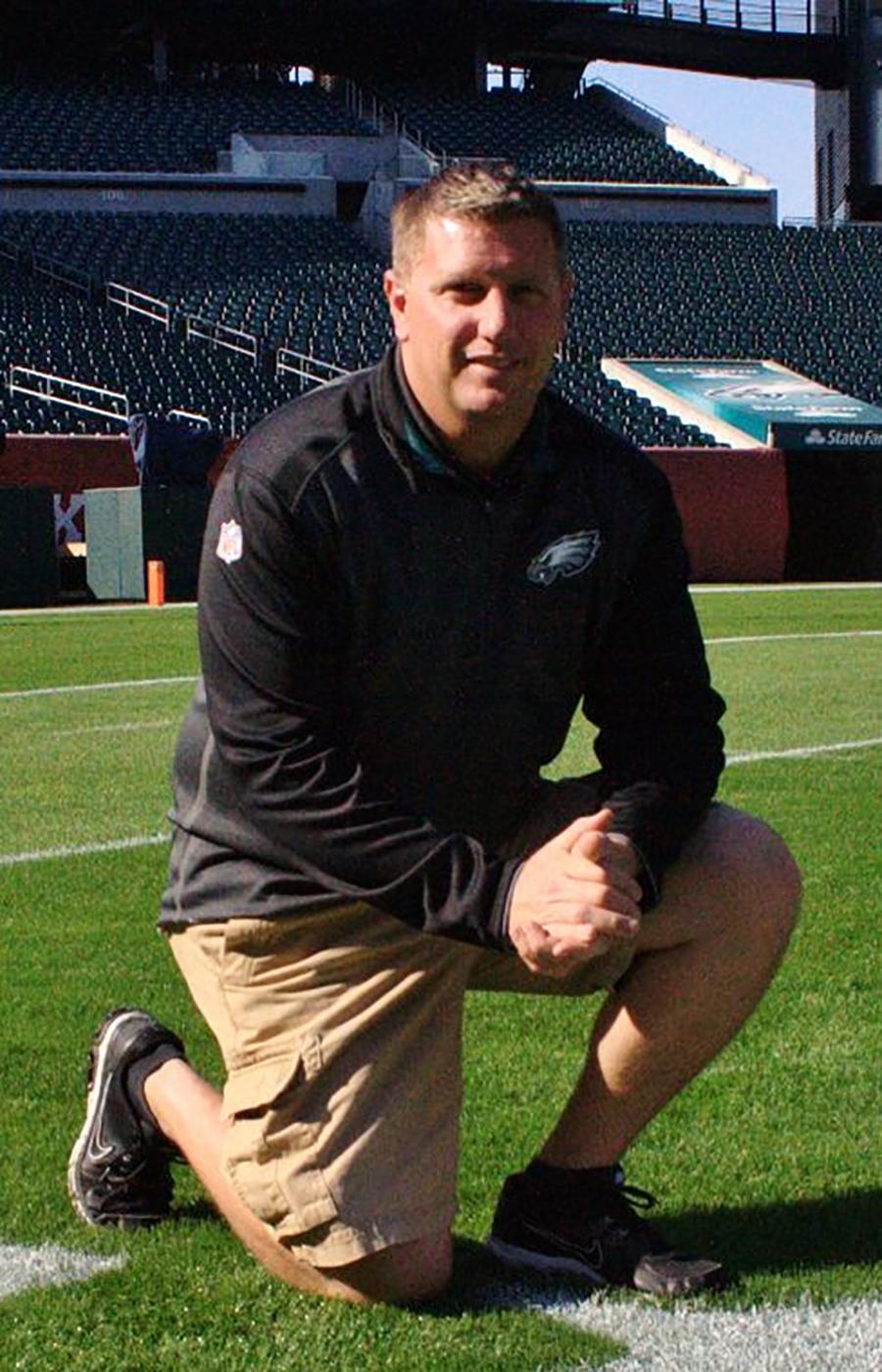 NFL Groundskeeper Tony Leonard